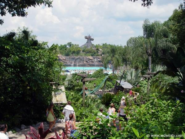 4 Reasons Why You Should Visit the Disney World Water Parks