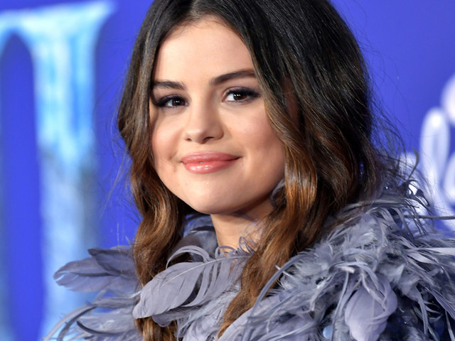 Selena Gomez Reveals Her Two Favorite Scents - Find Out Where to Buy The Candles!