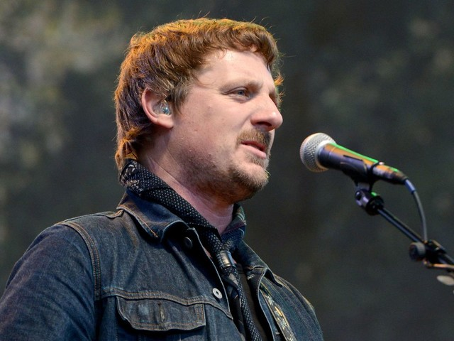 Country star Sturgill Simpson trolls CMAs