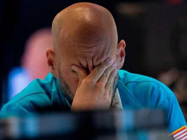 A Wall Street expert breaks down the 'only investment indicator you need' to predict a recession — and explains how it's fueling the toughest environment he's seen in 30 years
