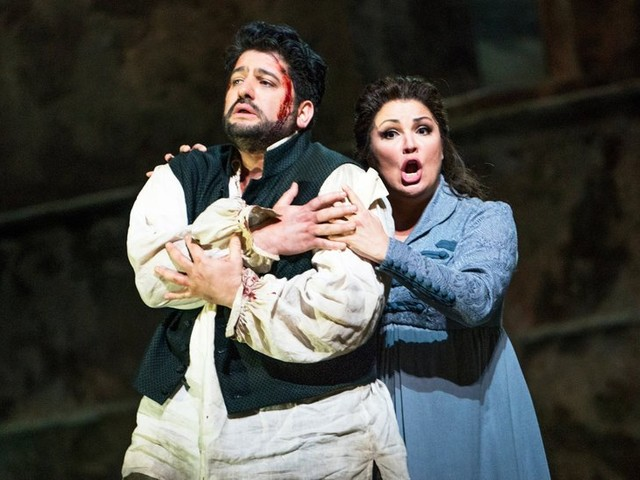 Review: Anna Netrebko Emerges as a Powerful New Tosca at the Met