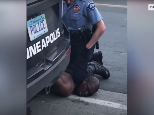 Minneapolis mayor calls for cop who kneeled on George Floyd's neck to be thrown in jail: Black men 'put in prison before for far, far less'