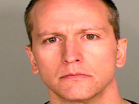 Derek Chauvin Will 'Likely' Serve 10-15 Years In Prison If He's Convicted Of Murder