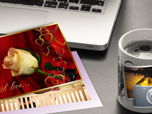 The 7 Best eCard Makers for Your Own Personalized Greeting Cards