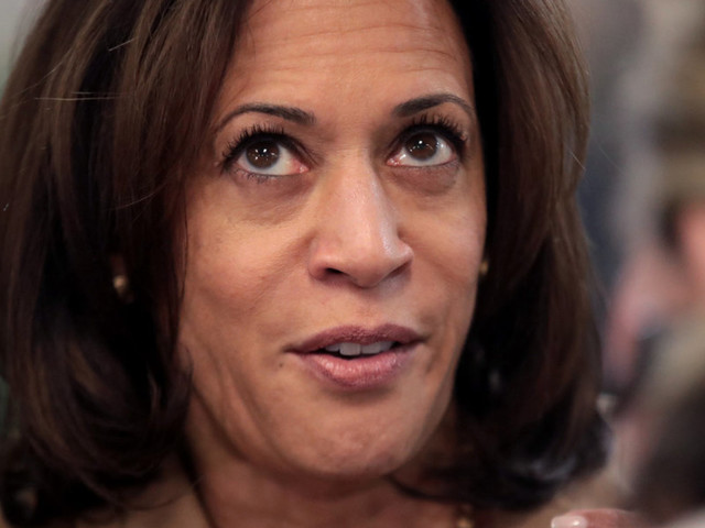 Kamala Harris put all her hopes on Iowa, but a new poll has her campaign collapsing