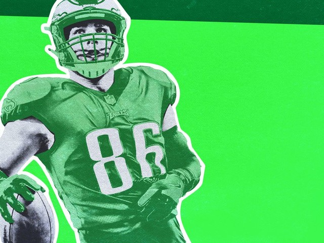 When It Comes to Fantasy Tight Ends, Go Big or Go Bargain Hunting