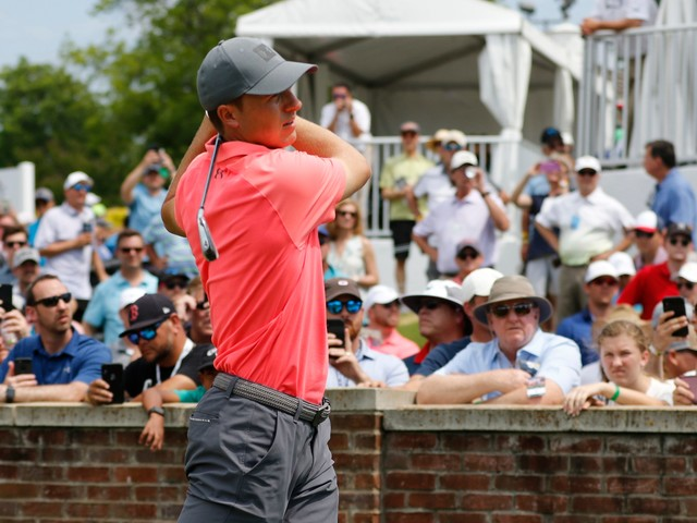 Na goes low at Colonial again with 62, trails Blixt by 1