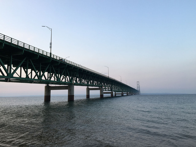 Emergency rule prohibits most anchoring in Straits of Mackinac
