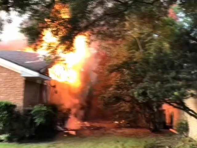Jersey Village man rescues dog from burning neighbors house