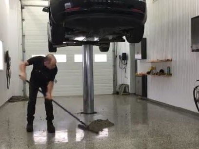 """""""35 Pounds"""" Of Dirt Trapped In Tesla Model 3 Reveals Stunning Design Flaw"""