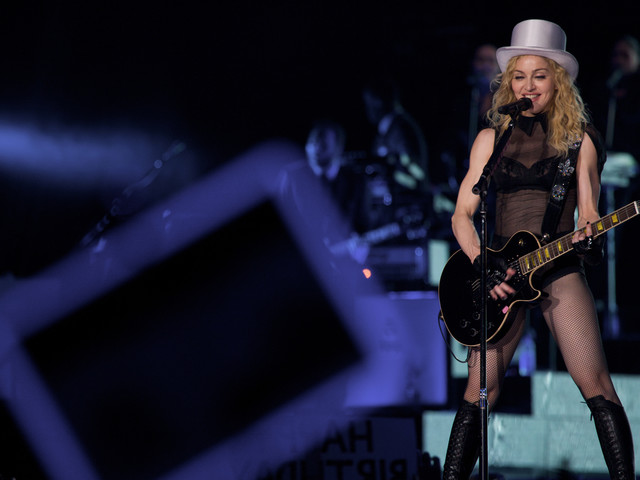 Florida man sues Madonna over delayed start time of upcoming concert