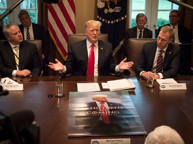 A defensive Trump calls a Cabinet meeting and uses it to boast, deflect and distract