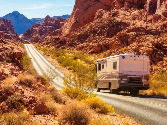 10 Tricks for Staying Cool in Your RV