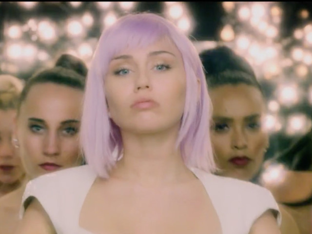 'Black Mirror' Trailer: Miley Cyrus, Anthony Mackie Among Season 5 Cast; Netflix Sets Launch Date