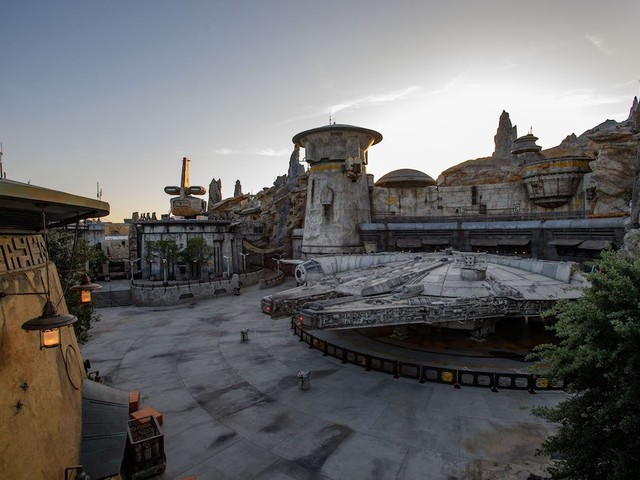 Special Star Wars: Galaxy's Edge Previews Coming for Walt Disney World Annual Passholders