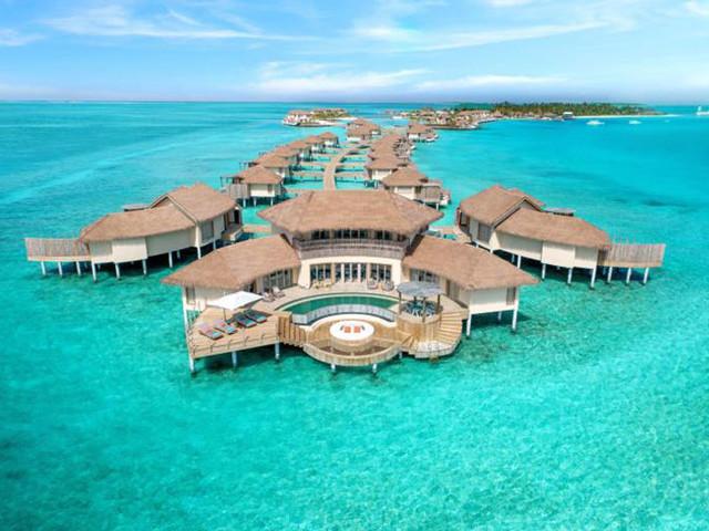 The InterContinental life debuts in the Maldives with Maldives Maamunagau Resort