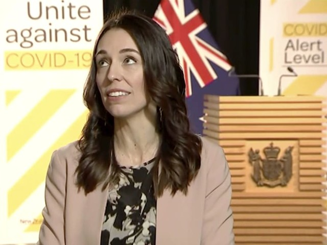 New Zealand PM keeps cool as earthquake hits mid-Interview