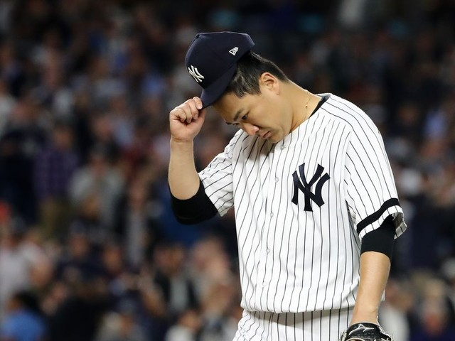 Masahiro Tanaka decides to stay with Yankees instead of opting out and testing free agency