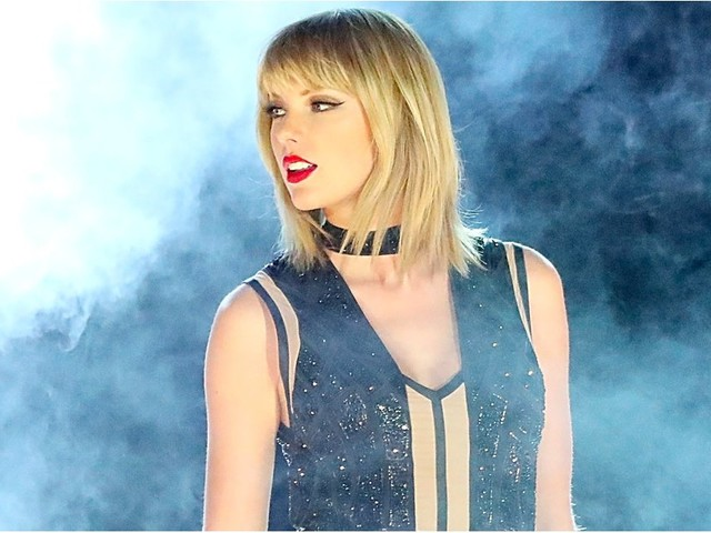 What Taylor Swift's Mysterious Snake Post (Probably) Means
