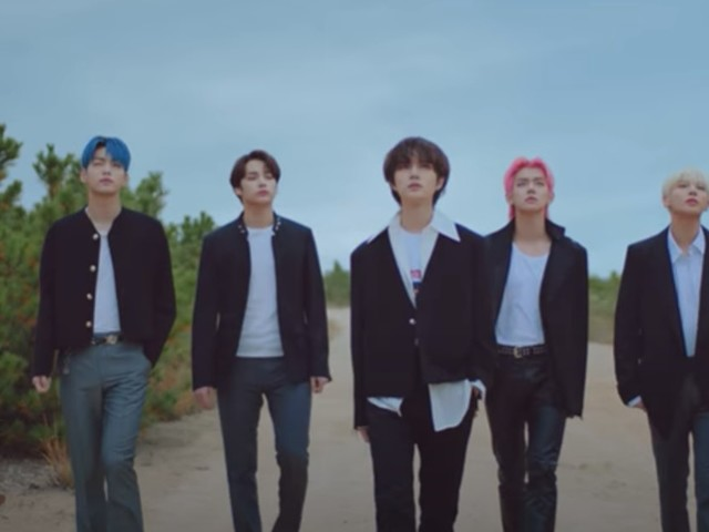 """TXT's """"Blue Hour"""" Japanese Music Video Is A Visual Masterpiece"""