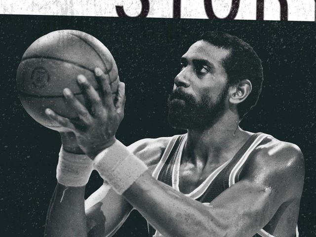 """""""Let Me Take a Hit"""": Spencer Haywood and Cocaine in the NBA"""