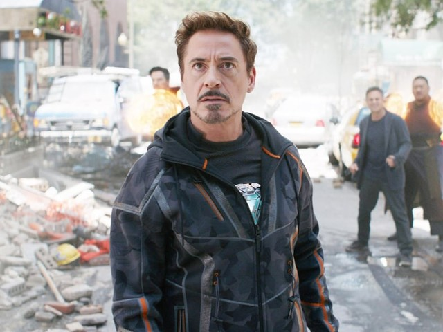Fans Noticed Tony Stark Isn't in the Spider-Man: Far From Home Teaser, and They're Panicking