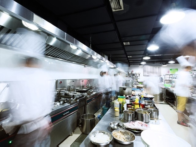 Why Every Restaurant Needs a Commercial Meat Cutter