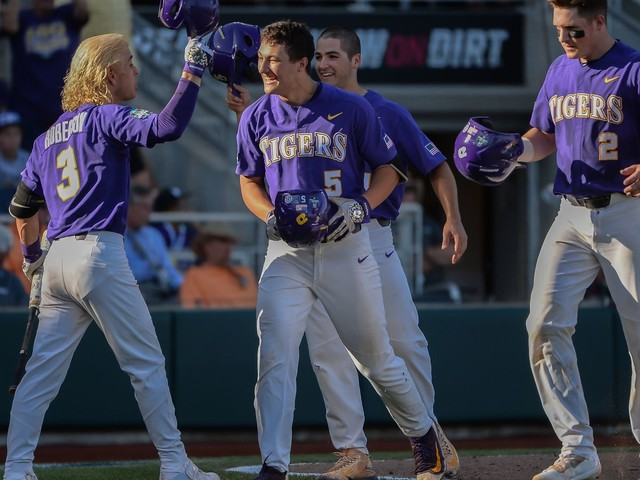 College World Series 2017 scores and bracket: LSU upends Florida State out of Omaha