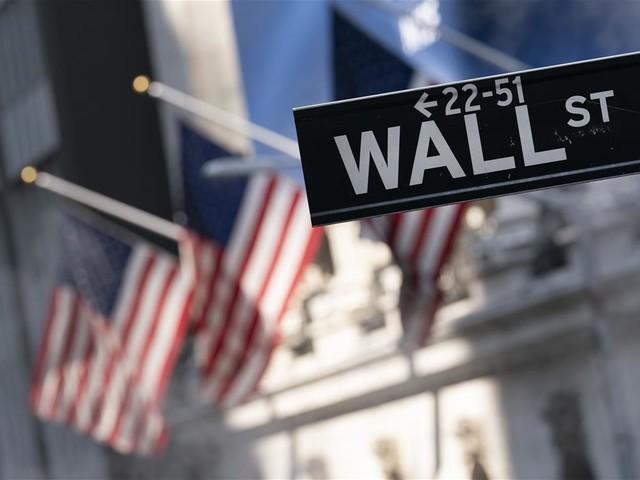 Markets Slump Despite Good News on Inflation