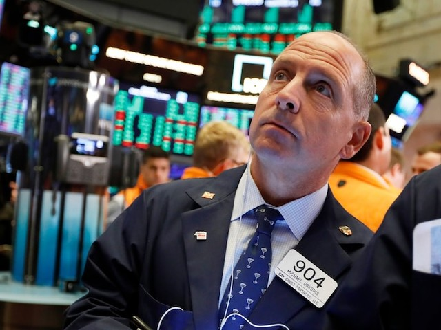 Stocks close mixed amid upbeat US manufacturing activity