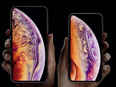 Apple Unveils New iPhone XS Max, 4th-Gen Apple Watch