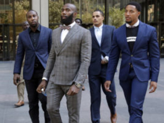 NFL Players, Owners Hold Talks on Social Issues