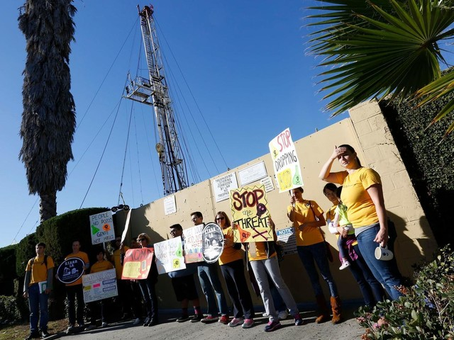 South L.A. commission backs stiff new rules for oil site near USC