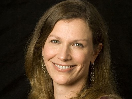 Ask Carolyn Hax: This co-worker is rewarded for European-style slacking off