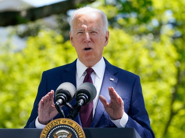 Biden orders the government to prepare the economy for climate change