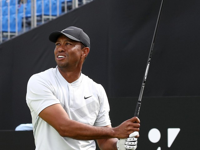 Woods shoots 64 to take 2-stroke lead at Zozo Championship