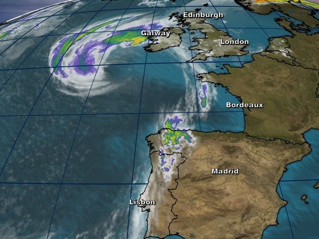 Ireland on lockdown as former Hurricane Ophelia makes landfall