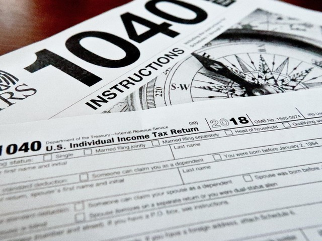 America's richest families paying lower tax rate than bottom 50% of Americans: Study