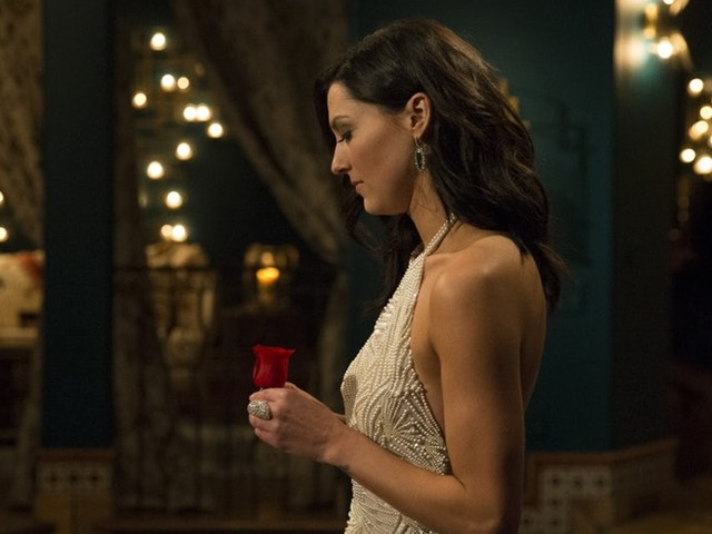 Dating On 'The Bachelor' Is So Unrealistic & Here Are 7 Reasons Why