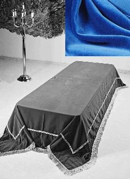 Stort katafalkteppe i blå velour