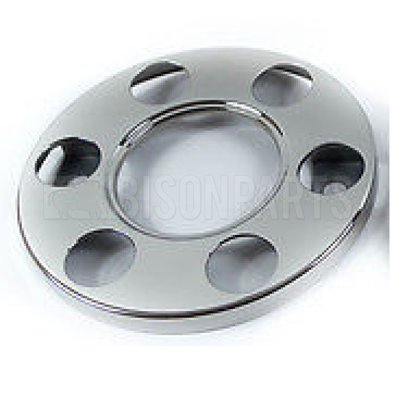 UNIVERSAL 6 STUD STAINLESS STEEL WHEEL COVERS (CENTER HOLE)