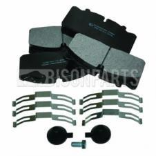 DAF LF45 FRONT & REAR BRAKE PAD SET c/w FITTING KIT