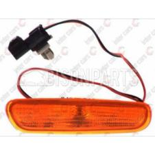 VOLVO AMBER SIDE REPEATER LAMP DRIVER SIDE RH
