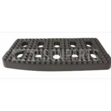LOWER STEP TREAD PLATE PASSENGER SIDE LH