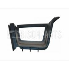 LOWER STEP SURROUND PASSENGER SIDE LH