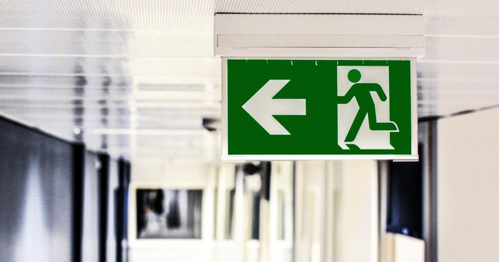grünes Exit-Schild