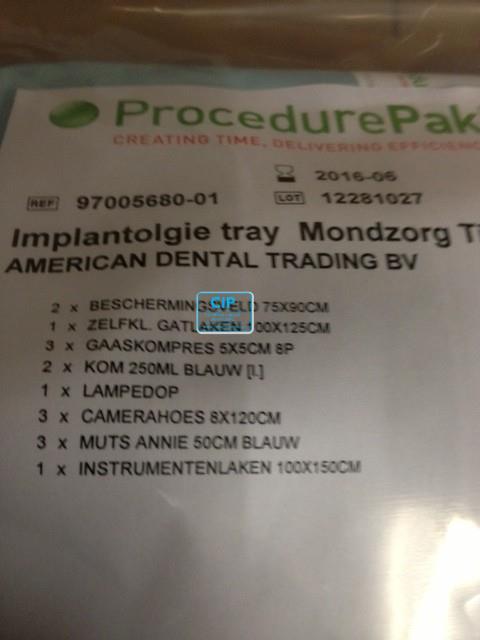 MOLNLYCKE IMPLANTOLOGIE TRAY CENTRUM VOOR MONDZORG
