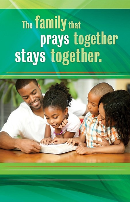 Family That Prays Together Bulletin (Pack of 10) (Bulletin)