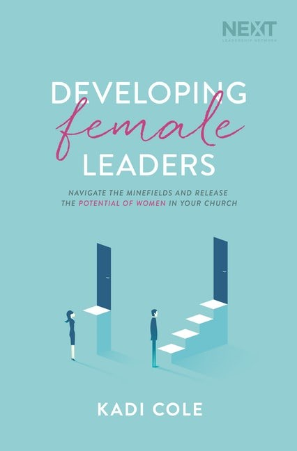 Developing Female Leaders (Paperback)