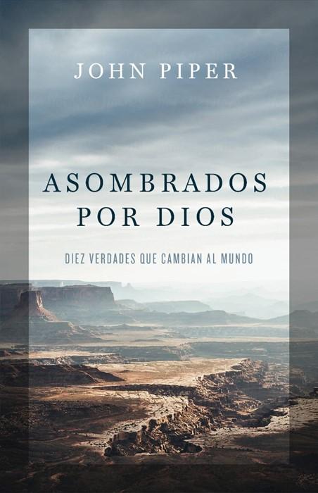 Asombrados por Dios (Paperback)